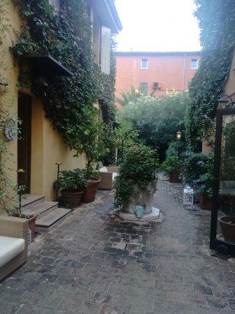 Hotel Porta San Mamolo: IMG_20160927_075449_large.jpg