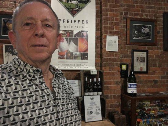 Wahgunyah, Avustralya: Great time tasting great wines here