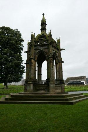 Bolton Abbey, UK: 1050616_large.jpg