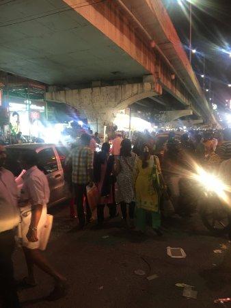 T Nagar, Ranganathan Street: Craze!