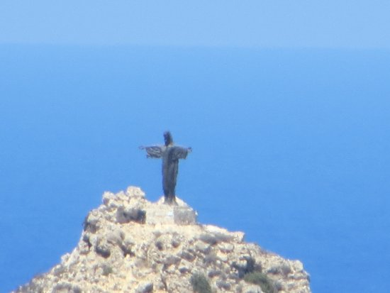 Xaghra, มอลตา: view from terrace of the statue of christ