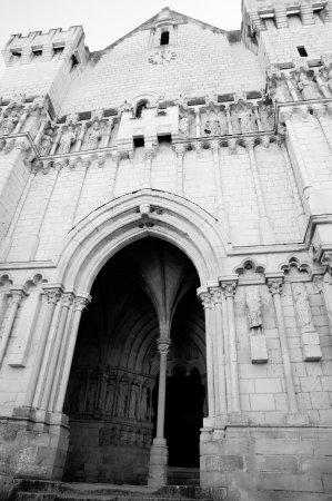 Montsoreau, فرنسا: Kerk candes st-martin