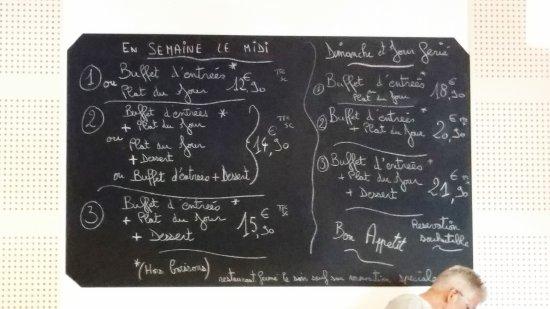 Elne, Francia: Blackboard of choices at L'Etoile