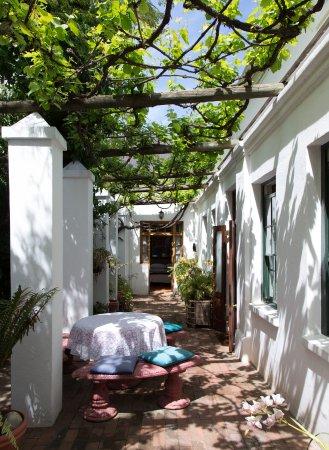 22 Van Wijk Street Guest Rooms: Verandah