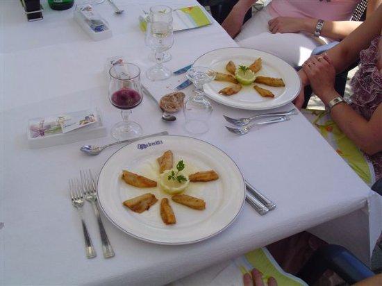 Etoy, Schweiz: à table !