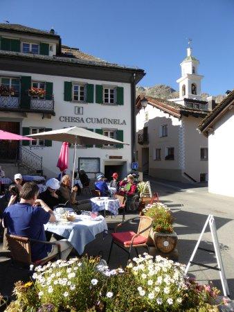 Sils im Engadin, Suiza: Terrasse ensoleillée