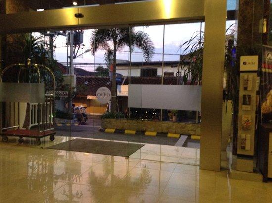 Lobby Hotel Dafam Fortuna Malioboro