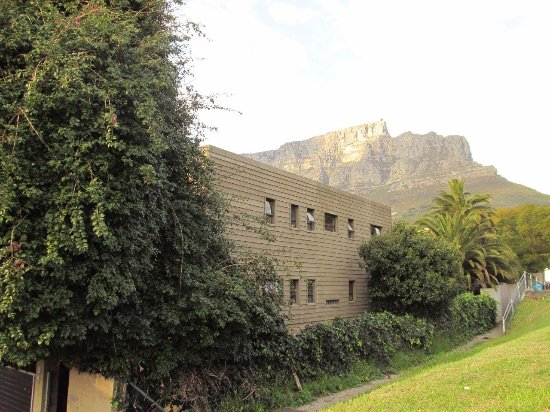 Side view of Gap Lodge with Table Mountain in background