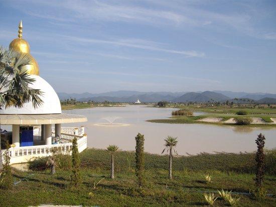 Gassan Marina Golf Club Hotel