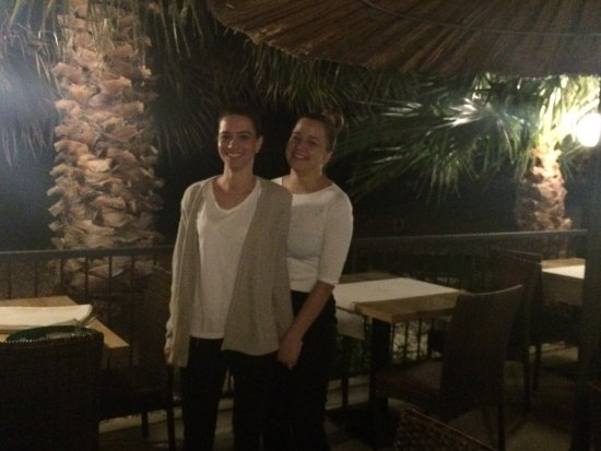 Hotel Fortuna: Our beautiful and friendly waitresses.