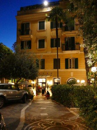 Potret Villa San Lorenzo Maria Hotel