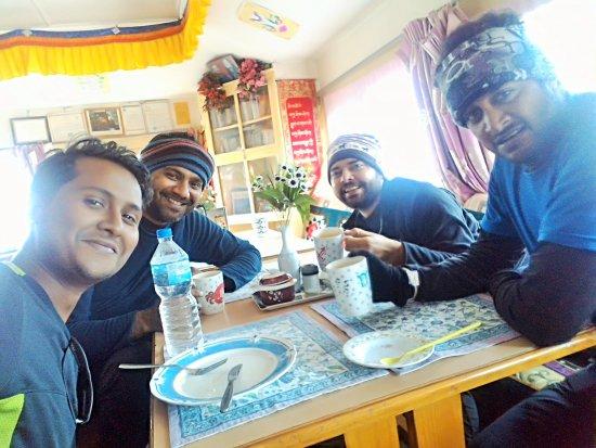 Kathmandu Valley, Nepal: Team EBC !