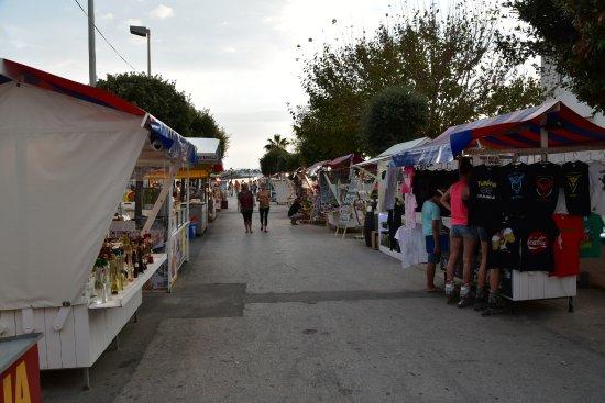 Vir, Croatia: Bancarelle