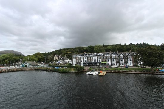 Windermere Lake Cruises: Retuning to Ambleside Pier