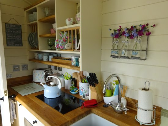 Kempsey, UK: The kitchen