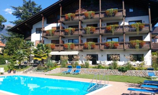 Salgart Hotel