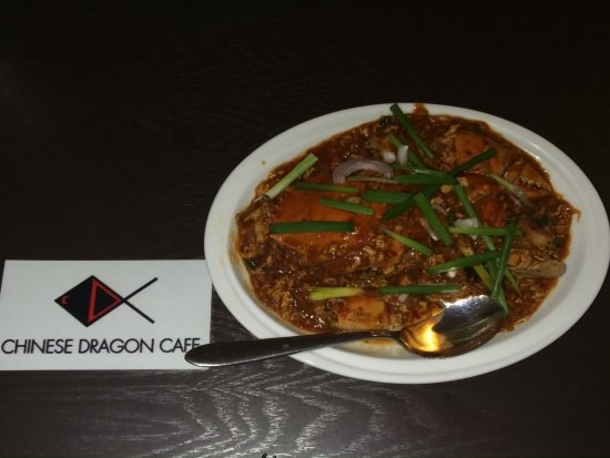 Chinese Dragon Cafe: here comess chiily crab