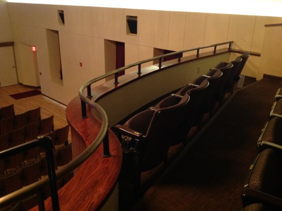 West Point, NE: Balcony seating handicap accessible