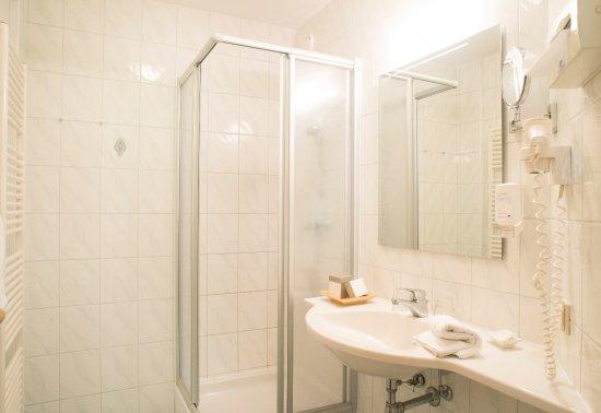 Thermenhotel Emmaquelle: Badezimmer
