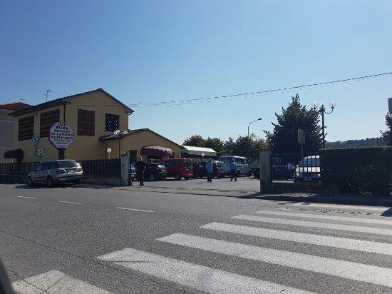 Capannori, Italia: TA_IMG_20160928_130908_large.jpg