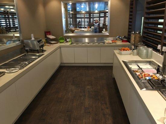West-Terschelling, Países Bajos: Ontbijt buffet