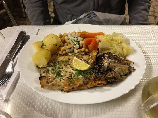 Salema, โปรตุเกส: Restaurante O Lourenco