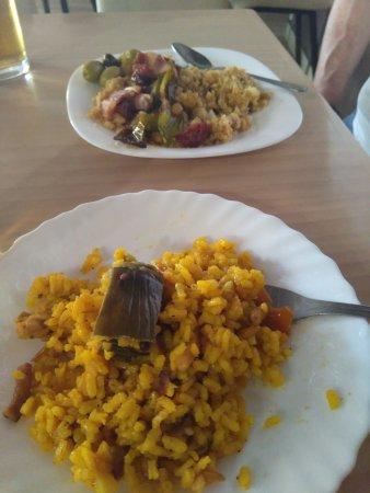 Níjar, España: tapas de arroz y migas