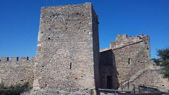 Mornas, Frankrike: forteresse