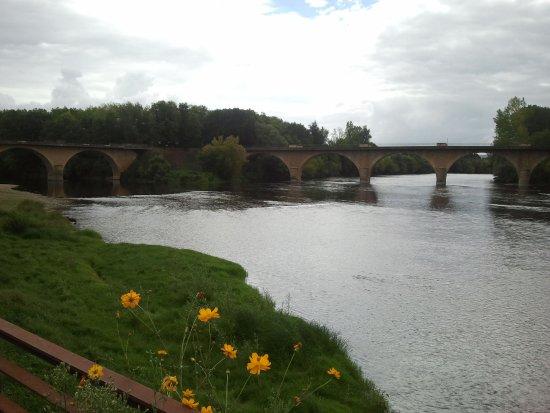 Limeuil, Frankrike: Blick auf die Flüsse