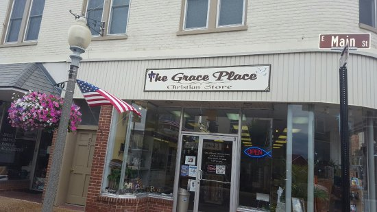 Front Royal, VA: Welcome to The Grace Place Christian Store