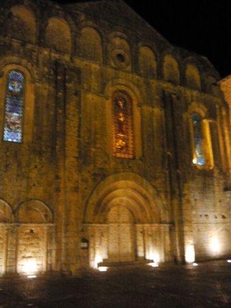 Cadouin, Frankrijk: Abtei bei Nacht