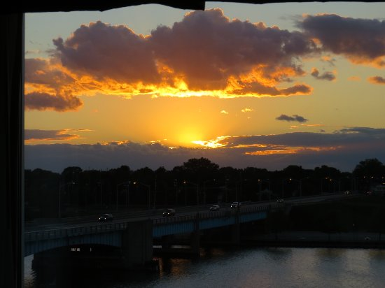 Bay City, MI: Sunset on the Saginaw River