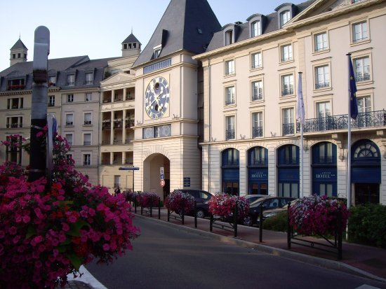Plessis Grand Hotel Photo