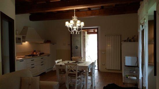 Suite Vaniglia: soggiorno con angolo cottura. - Foto di I Terzieri ...