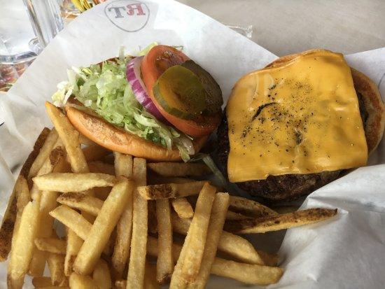 Warrenton, VA: cheeseburger