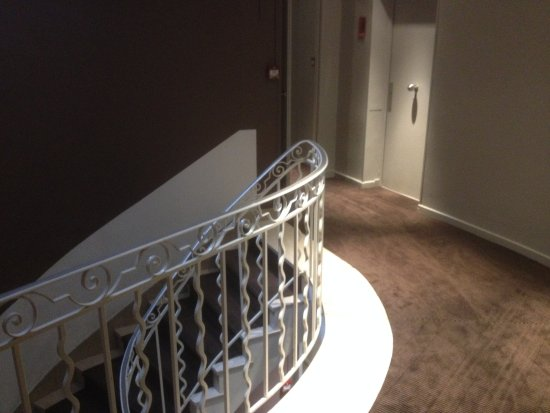Hotel Cezanne: Couloir