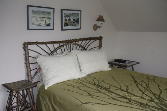Gustavus, AK : Meadow guest room
