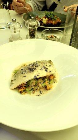 Viviers-du-Lac, Frankrike: Super restaurant avec des plats excellents et de qualités je conseille vivement cet endroit pour