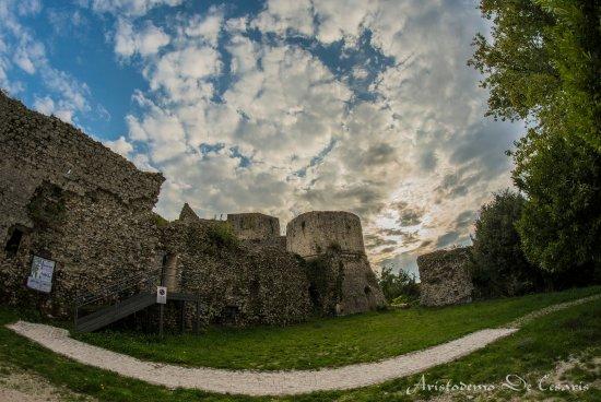 Alvito, Włochy: Cortile di ingresso