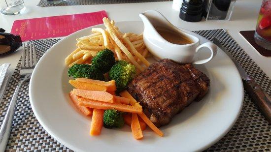 Strand, Sydafrika: 250g Rump Steak with Mushroom sauce