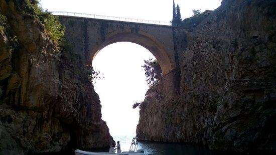 Fiordo di Furore, Itália: Fiordo dalla spiaggia