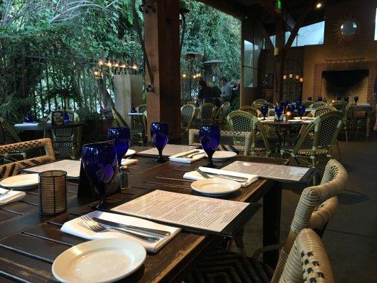Lucca Restaurant: Lucca Patio