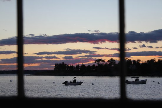 ‪‪East Boothbay‬, ‪Maine‬: Sunset from the dining room‬