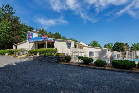 Motel 6 Wytheville: Exterior