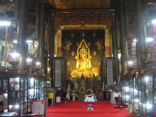 Phrae, Thailand: 8博物館の中の仏像