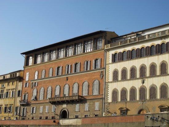Barchetto sul Arno, Reinaioli