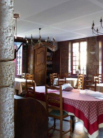 Le moulin de saint verand restaurant saint verand for Salle a manger 53