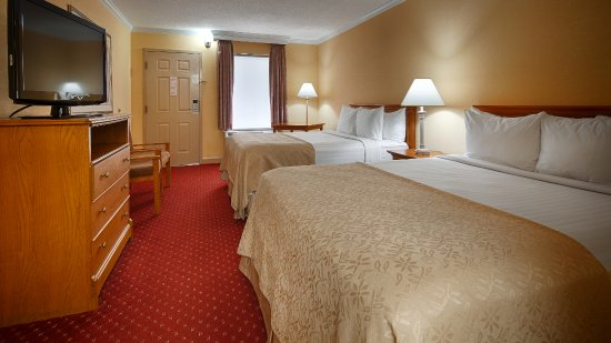 BEST WESTERN Bryson Inn : Sink into our comfortable beds each night and wake up feeling completely refreshed.