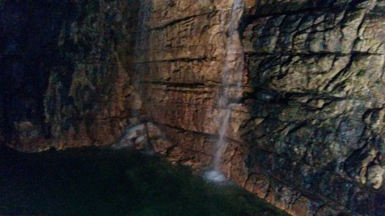 San Demetrio ne' Vestini, Italia: Grotte di Stiffe