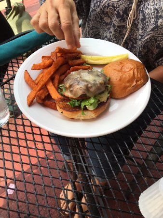 Saint Joseph, MI: Angus burger with sweet potato fries